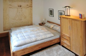 Schlafzimmer-Esszimmer 1